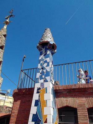 """Auf dem Dach: einer der """"Schornsteine"""""""