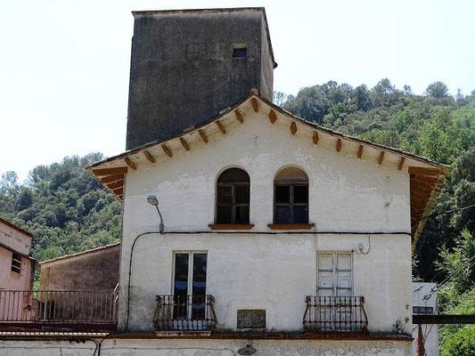 Das Gebäude de Elektrizitätswerkes im Tal