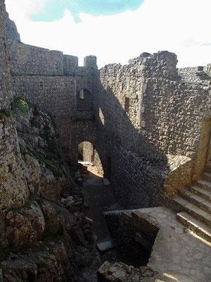"""In der """"alten Burg"""" von Peirepertuse"""