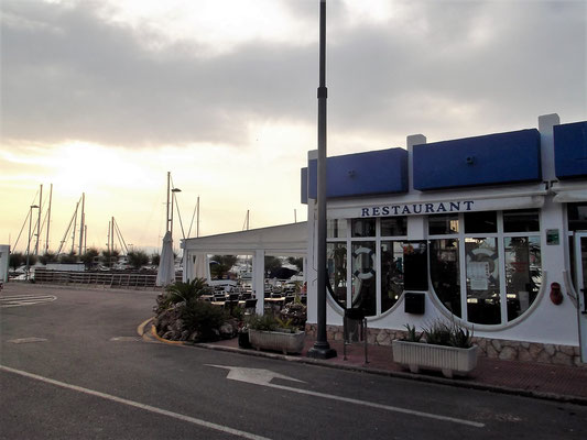 """Nach der Besichtigung: Fisch-Tapas im Hafenrestaurant """"Els Pescadors"""""""