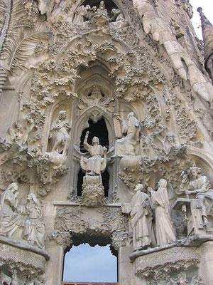 Das Glaubenstor - Mitte: der Jesusknabe lehrt im Tempel