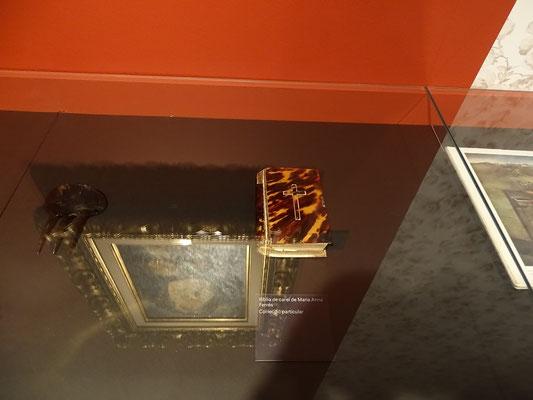 Die Bibel der Mutter mit Schildpattdeckel