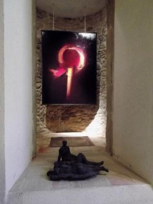 Kontemplationsnische - im Hintergrund ein Werk von José Ibanez Viana