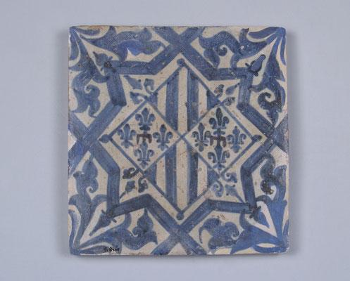 Kachel mit heraldischen Symbolen Margaritas von Prades ( Nationales Keramik-Museum, Valencia