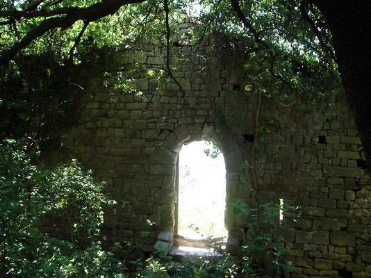 Burg bei Kapelle (Tor)