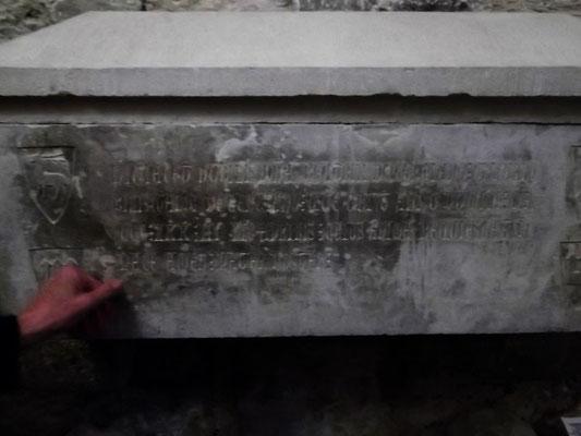 Sarkophag der Dona Beatrix, Gattin des Guerau von Cervià, gest. 1333