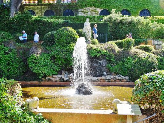 Brunnen Jardins Santa Clotilde