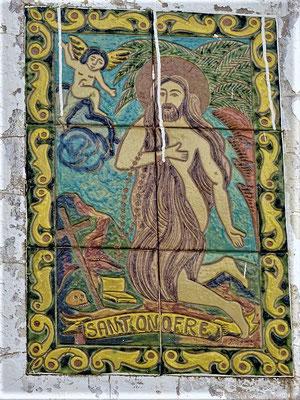 Kachelbild an der Kapelle mit dem Heiligen Onuphrius/Onofre