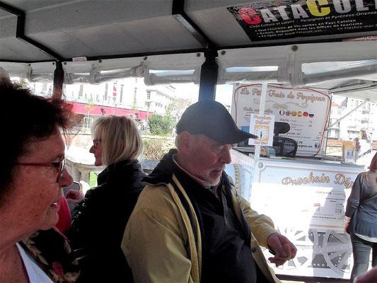 ...und nun geht es los zu einer Rundfahrt zu den Sehenswürdigkeiten der Innenstadt von Perpignan...