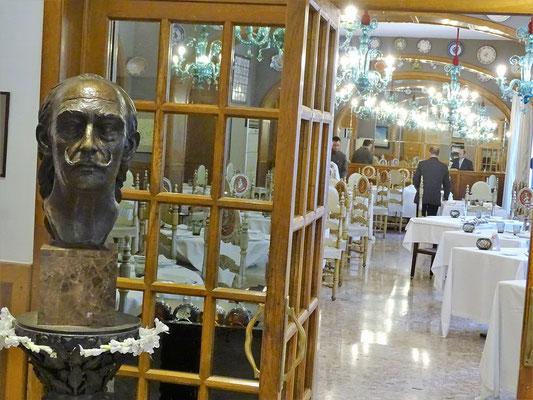Blick in den Speisesaal, in dem Dalí, Gala und Freunde oft speisten