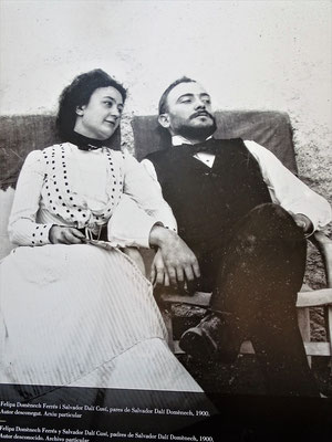 Das Ehepaar Salvador Dalí Cusí (1872-1950) und Felipa Domènech i Ferrés (1874-1921)