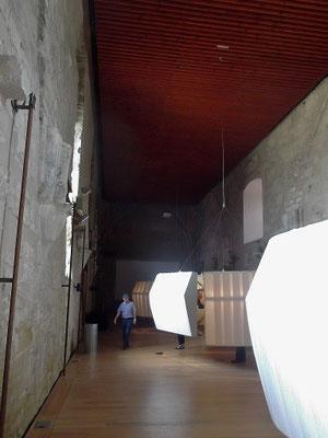 Königshalle und Museum in der Suda