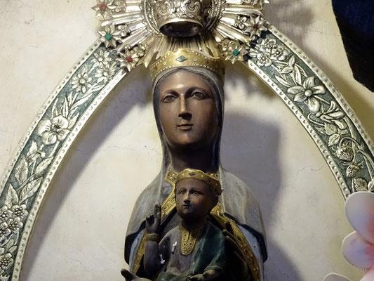 """Die Muttergottes - eine """"schwarze Madonna"""""""