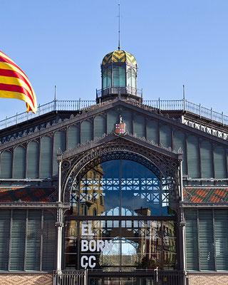 Die ehemalige Markthalle El Born - heute Museum, das ausgegrabene Reste des früheren 1714 zerstörten Stadtteils Ribera birgt