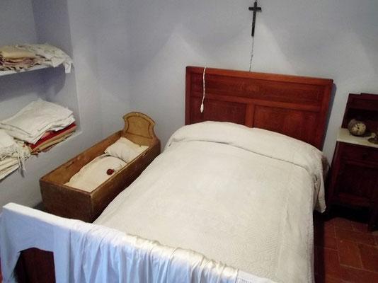 Das Bett des jungen Ehepaares