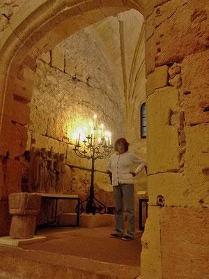 In einer alten Kapelle