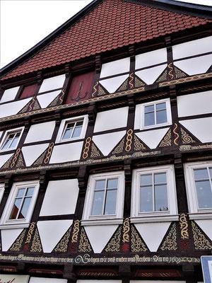 Sicher sah der König das schöne Gebäude eines Handelshauses und der Ratsapotheke am Markt (erbaut 1609)