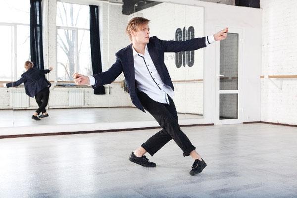 広いスペースでダンスの練習!自由が丘のダンススタジオ【RAISE UP STUDIO】へ