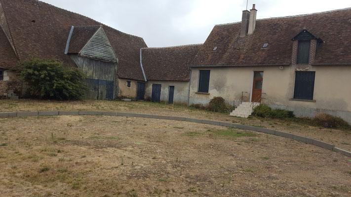 maison vue de la cour