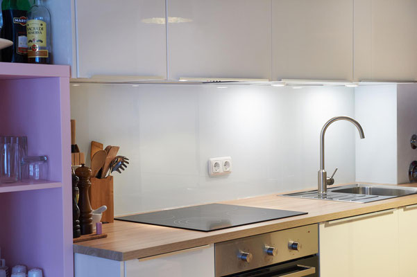 Beste Lackiertes Glas Küchenrückwand Bilder - Innenarchitektur ...
