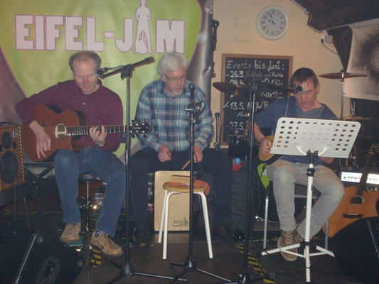 """DO`S`N`DON`TS acoustic"" beim Reunion-Konzert in Winningen am 11.03.2017"