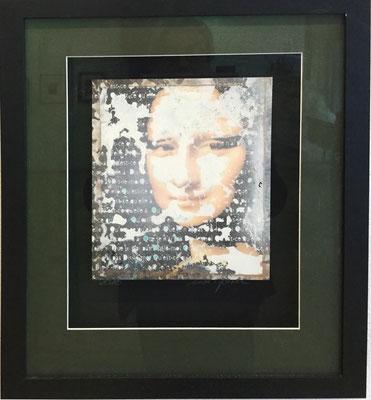 Annette Goessel Quèst-de quèlle a? 2018 Acryl und Pigmentdruck auf Hohlkammer-Hol ,22x28 cm