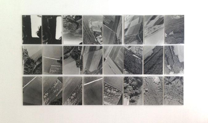 Sightseeing  (Fotokonzept), 1998, 24-teilige S/W-Fotoarbeit
