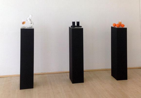 Orangen-Stillleben, Kunstharznachbildung, Sockel Pferde-Stillleben,  Kunstharznachbildung, Sockel Black-Mamba-Stillleben,  Kunstharznachbildung, Sockel