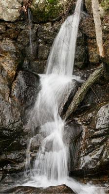 L'eau dans tous ses états sur le plateau ardéchois - Cros de Géorand - (Bernard)