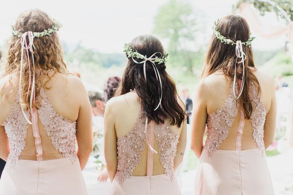 Brautjungfern auf der Hochzeit