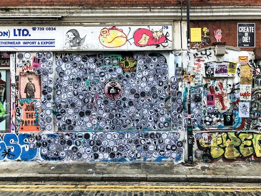 #nohatefamily . wall of love . London