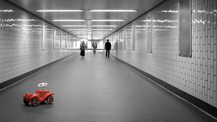 Cuts and Pieces - Cruising Cologne
