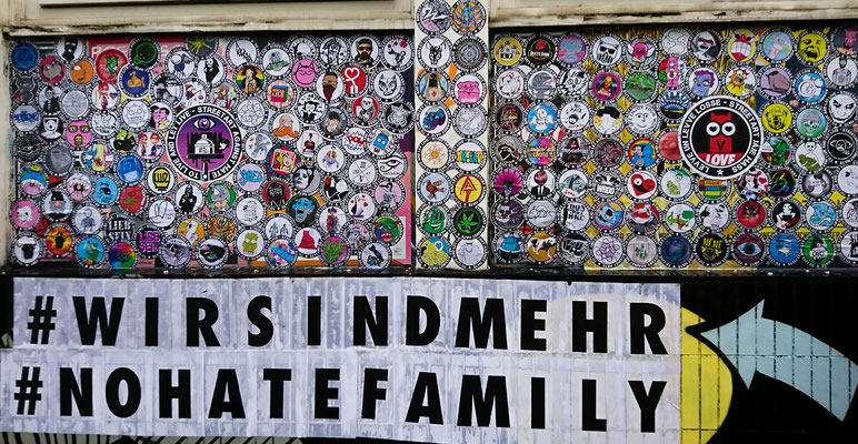 #nohatefamily . wall of love . Düsseldorf