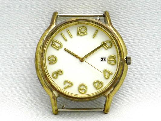 「Date」 3時位置に日付表示を配したデイトモデル ホワイト文字盤 ¥19,000(税別)