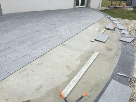 Superbe terrasse en arrondie crsm carrelage marbre for Quel treillis soude pour dalle terrasse