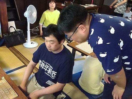 北部遠征師団長先生(左)と詰将棋の筒井先生(右)