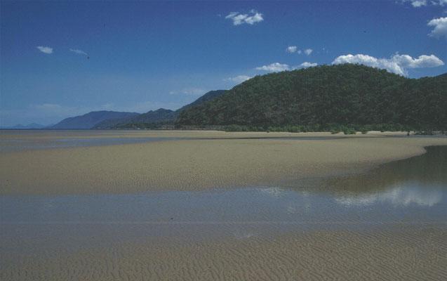 Strand Yules Point