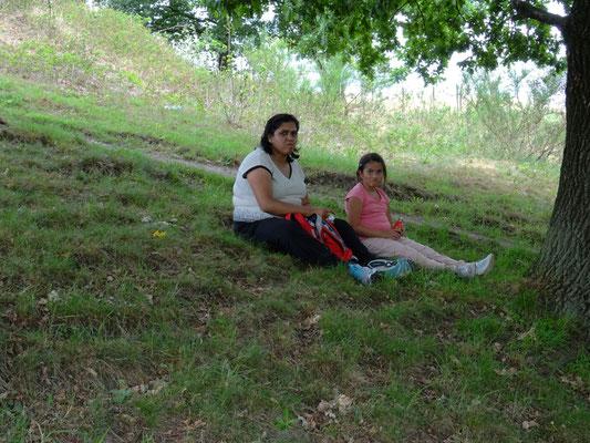 Bhartie en Rashmi genieten