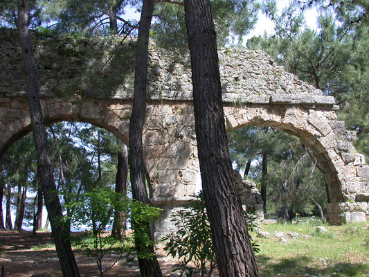aquaduct Phaselis