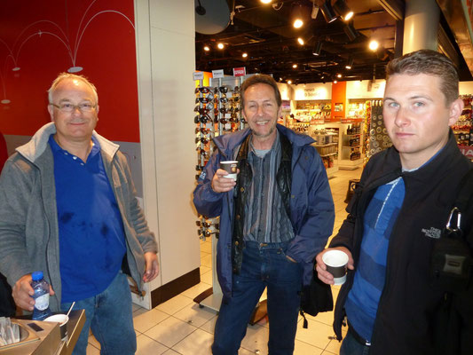 klaar om te vertrekken (Marcel, Ronald en Haijo)