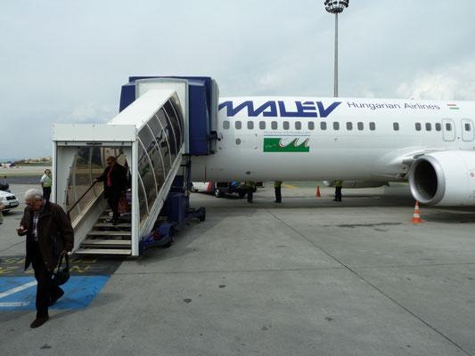 ons eerste vliegtuig
