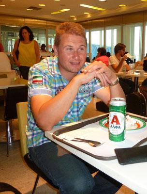 Marcel op het vliegveld