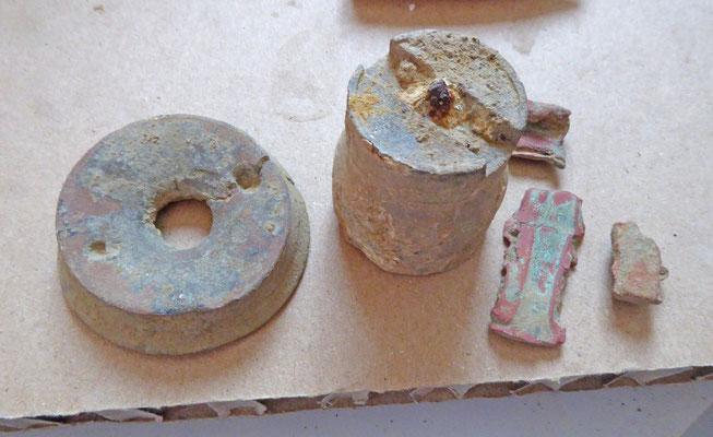 Granaatscherven en -onderdelen