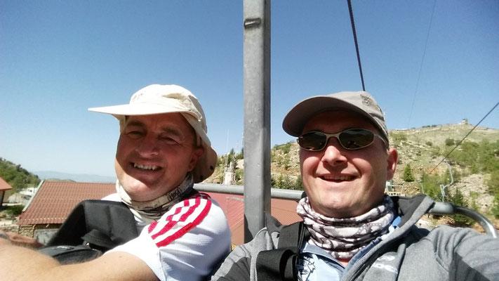 Martin en Marcel in stoeltjeslift