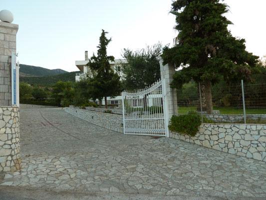 ingang van ons hotel