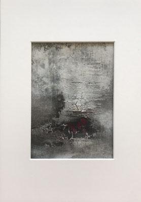 Papierarbeit Magenta II, Marmormehl, Pigmente, Tusche und Acryl auf Aquarellpapier, 21 x 30 cm