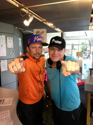Moderator Matthias Milberg und DJ Ray D