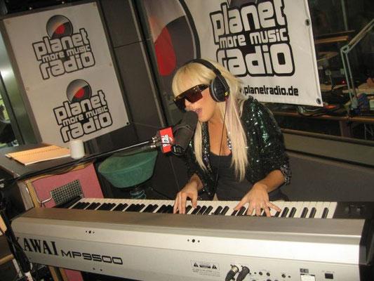 Lady Gaga bei planetradio