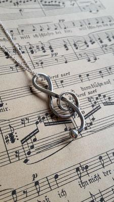 Notenschlüssel, Basschlüssel in Silber