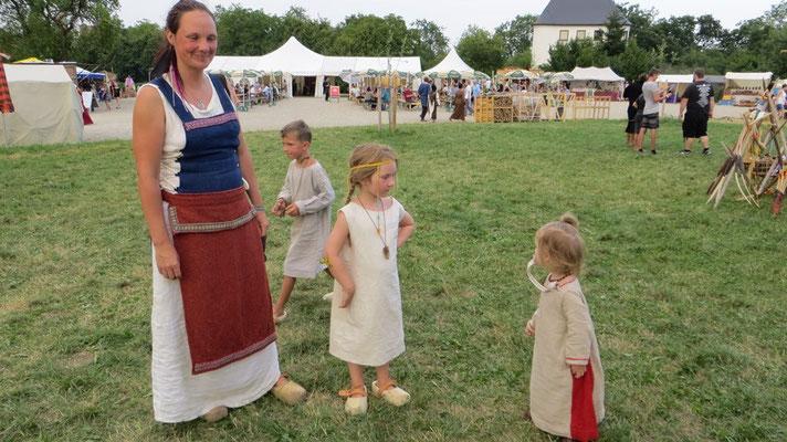 Lilja und die anderen Kinder haben sich sofort angefreundet.